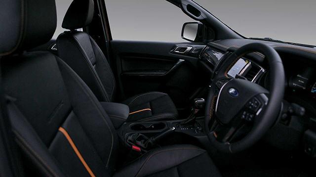 ford ranger 2021 ra mat thai lan muaxegiatot vn 1 - Đánh giá Ford Ranger 2021, Xe bán tải bán chạy nhất Việt Nam?